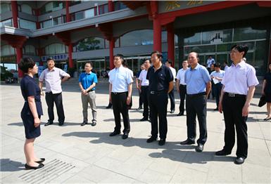 市委副书记霍高原一行视察胶东党性教育基地刘公岛教学点